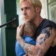 """Luke (Ryan Gosling) """"corre come un fulmine"""" e quindi """"si schianta come un tuono"""". Motociclista acrobatico, girovago in una compagnia itinerante, si licenzia dopo aver saputo che da una relazione […]"""