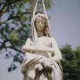 La storia del Duomo di Milano inizia 10.000 anni fa,ovvero il tempo necessario a trasformare depositi di conchiglie nel marmo rosa estratto dalle cave di Candoglia, utilizzato per realizzarlo in […]