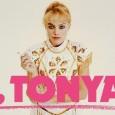 La storia vera della ex pattinatrice statunitense Tonya Harding. O quasi. A metà tra biopic e mokumentary, il regista Craig Gillespie (di cui ricordiamo soprattutto il surrealeLars e una ragazza […]