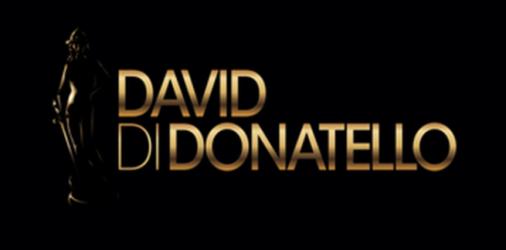 Negli studi di Via Tiburtina a Roma, Carlo Conti conduce l'edizione numero 62 della premiazione dei David di Donatello, con il supporto di Roberto Pedicini come voce per la lettura […]