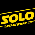 Solo: A Star Wars story Di Ron Howard. Con Alden Ehrenreich, Woody Harrelson, Emilia Clarke, Donald Glover, Thandie Newton, Paul Bettany. Genere Azione. USA, 2018. 135′.