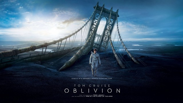 Photo of Oblivion, guarda che luna!